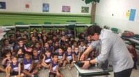 A Escola do Legislativo participa da comemoração do Dia dos Pais na escola Maria Adelina